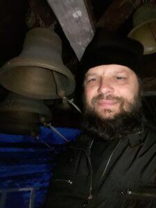 В неделю 23-я по Пятидесятнице настоятель иерей  Сергий призвал верующих молиться о жертвах ДТП