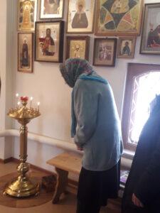 Поздравления с 90 - летним юбилеем прихожанке церкви Архангела Михаила с. Вирга в день празднования Введения во храм Пресвятой Владычицы нашей Богородицы