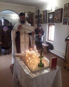 Божественная литургия и Панихида в нашей церкви на Радоницу