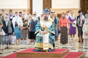 В день чествования Казанской-Пензенской иконы Божией Матери митрополит Серафим возглавил литургию в Спасском кафедральном соборе